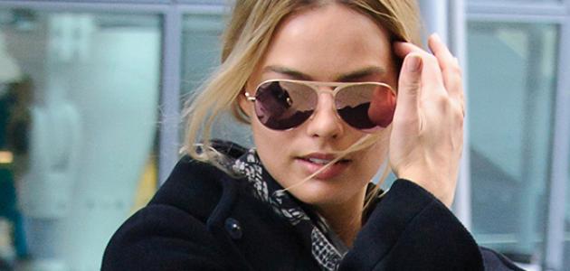 GALERIA: Margot desembarcando no aeroporto de Londres
