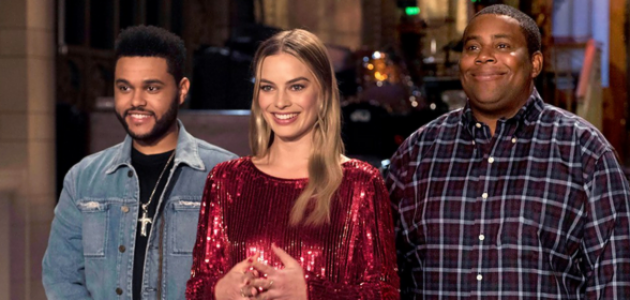Divulgado novo still de Margot Robbie no Saturday Night Live