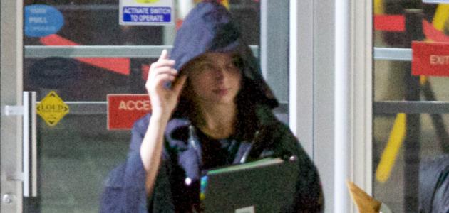 CANDIDS: Margot Robbie filmando 'I, Tonya' em Atlanta