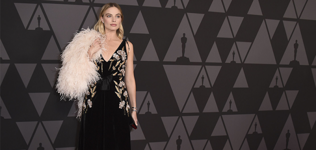 Margot Robbie comparece ao AMPAS Governors Awards