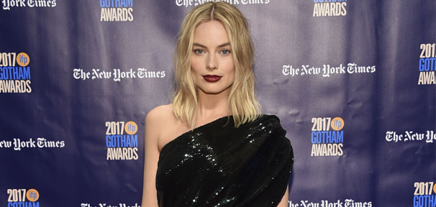 Margot Robbie comparece ao Gotham Awards