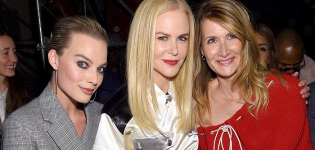 Margot Robbie comparece ao desfile da Calvin Klein na semana de moda de Nova York